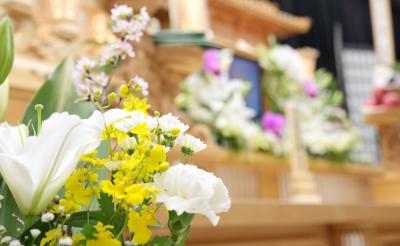 家族葬と火葬式が増えつつある理由